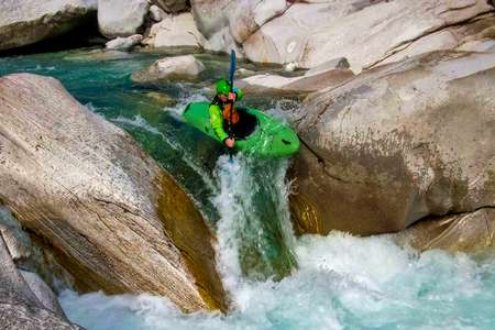 Kayaking in the Hautes-Alpes